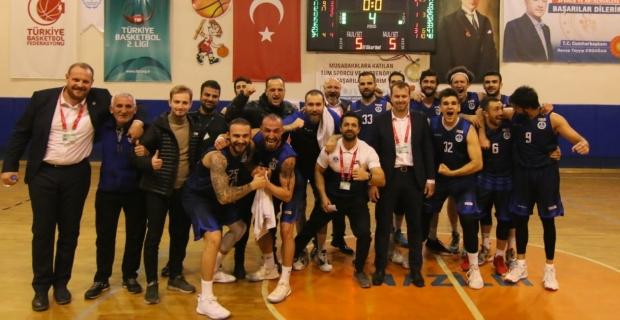 KağıtsporBasketbol Takımı, devreyi lider kapattı