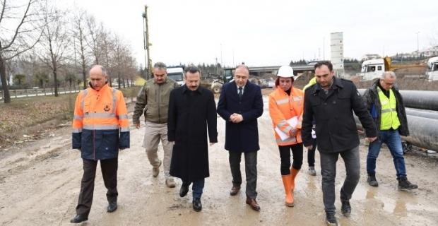 """Vali Aksoy; """"Kavşak  inşaatı  şehir hastanemiz için önemli bir çalışma"""""""