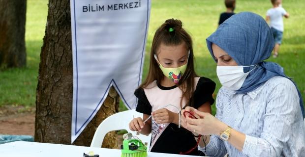 Çocuklar Bilim Merkezi'ndeki atölyelerine kavuştu