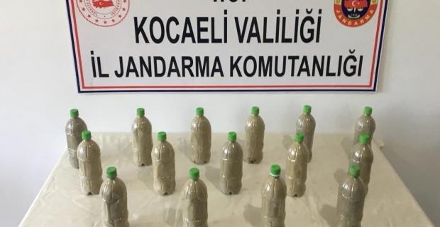Pet şişelerde 150 bin TL'lik esrar ele geçirildi