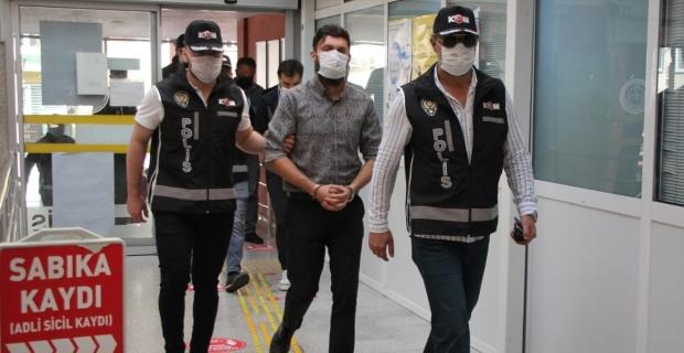 FETÖ operasyonunda 4 kişi tutuklandı