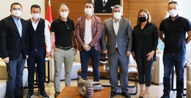 Kocaeli Atlı Spor Kulübü yönetiminden KOTO Başkanı Bulut'a ziyaret