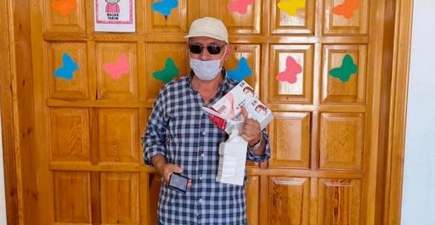Kur'an kurslarına dezenfektan ve maske desteği