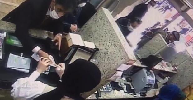 Döviz bürosundan 3 bin dolar çalan şahıs yakalandı