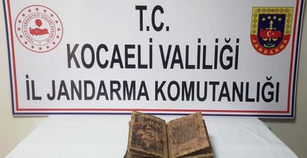 Tarihi İncil ele geçirildi