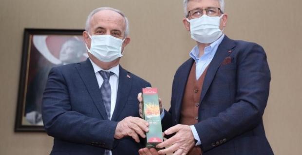 """Ellibeş: """"Belediye Başkanlarımız ilçelerine değer katmak için çalışıyor"""""""