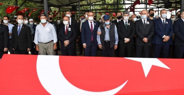 Şehit Polis Memuru Mustafa Emanetoğlu son yolculuğuna uğurlandı
