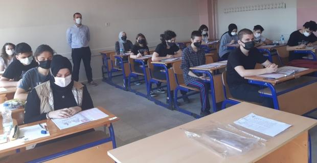 Edebi Hayat Okumaları Projesi'nin sınavı yapıldı
