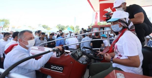 Büyükşehir'den çiftçiye 2 milyon litre akaryakıt desteği