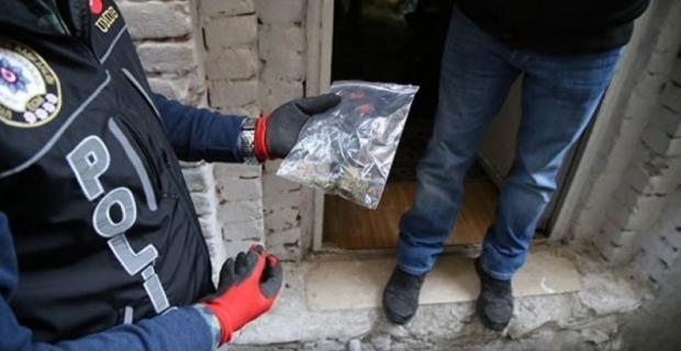 Haftalık uyuşturucu raporu: 63 operasyonda 12 kişi tutuklandı