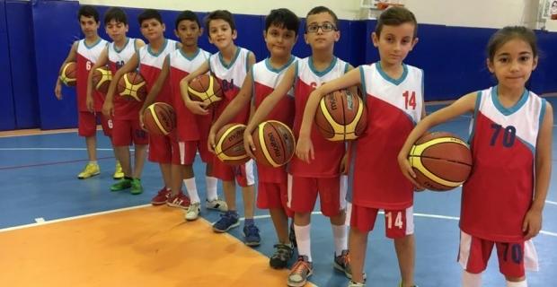 Körfez'de çocuklar sporla buluşuyor