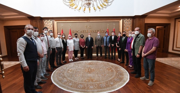 Vali Yavuz, personelle bayramlaştı