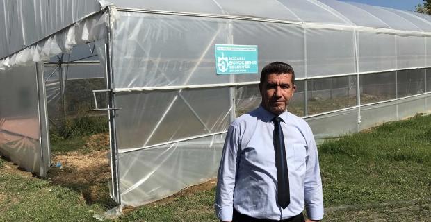 Kocaeli'de ''özel bireyler'' serada  sebze yetiştirerek rehabilite ediliyor