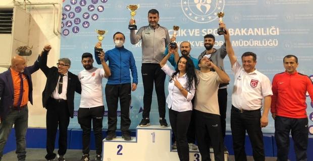 Kick Boks Cumhuriyet Kupası'nda Körfez rüzgarı;  27 yarışmacı, 25 madalya