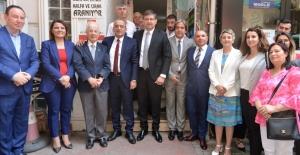 CHP'de Sarıbaysız bayramlaşma