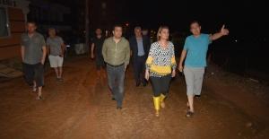 İzmit Belediyesinden toprak kaymasına anında müdahale