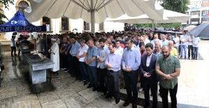 Mursi için İzmit'te cenaze namazı kılındı
