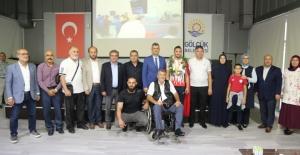 Milli Güreşçi Abdulvasi Balta, Gölcük'ü gururlandırdı