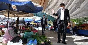 Kartepe Belediyesi, Pazar Yerlerinde Düzenleme Yaptı