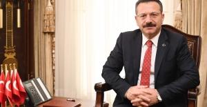 Vali Aksoy#039;un Avukatlar Günü...