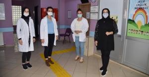 Sağlık çalışanlarına, Kocaman'ın Bayram Hediyesi