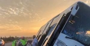 Yolcu otobüsü kaza yaptı; 1 ölü 17 yaralı