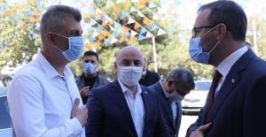 Bakan Kasapoğlu'na Gölcük projesini Başkan Sezer anlattı