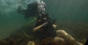 Kağıtsporlu özel sporcu Şevval, ilk su altı dalışını yaptı