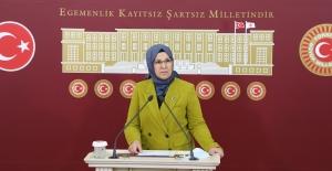 """Katırcıoğlu; """"Geleceğimiz ile iletişim kurmalıyız"""""""
