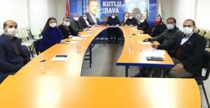 AK Parti İzmit, 100 kişilik COVİD-19 EKİBİ KURDU