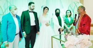 Ayşe Nur ileDoğan evlendi