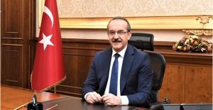 Vali Yavuz, Kızılay'ın 153'üncü kuruluş yıl dönümünü kutladı